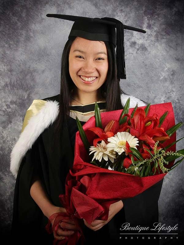 d657050edc0 Graduation Photography Auckland - Graduation Portrait Photo Shoot